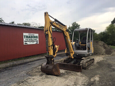 2007 Gehl 353 Hydraulic Mini Excavator w/ Thumb Only 2400 Hours!!