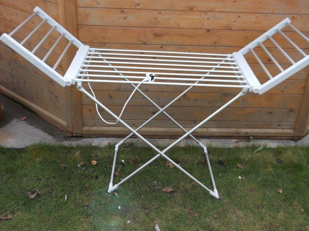 ELECTRIE EASY HOME HEATED FOLDING CLOTHES DRYING HORSE AIRER / DRYER