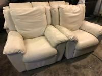 🎅 Italian cream leather 3 11 sofa set as new
