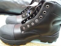 Safety working boots 2 pair of Size 8