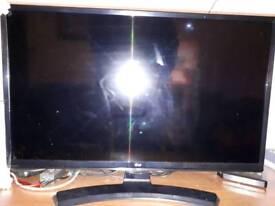 New 70cm LG smart tv for sale