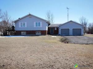 $529,900 - Raised Bungalow for sale in Dunnville