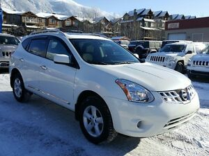 2013 Nissan Rogue AWD S Winter tires *Canmore Chrysler*