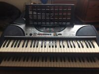 7 Yamaha keyboards