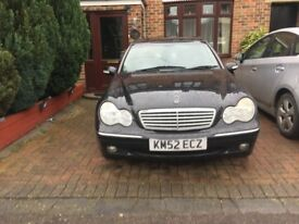 Black Mercedes C220 CDi Automatic