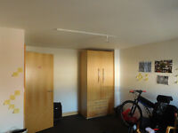 Large double room rent