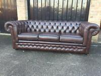 Thomas Lloyd chesterfield sofa (delivery available £