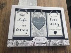 BRAND NEW 3 pack keepsake messages plaques