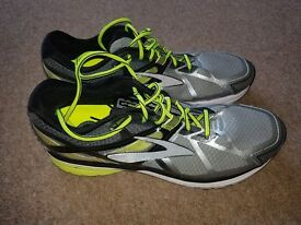 Brooks Ravenna 7 Running Trainers size 10.5 2e