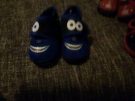 Size 4 toddlers slippers new two pairs