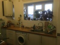 2 Double bedrooms available in Brixton for short term let