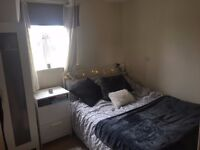 Room in a 2 bed flat in Cardiff Bay for July - October