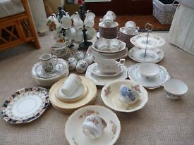Approx.90 Various pieces of good quality china