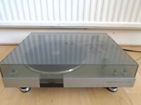 Vintage BSR Quanta 600 Semi-Automatic Turntable/Record Player 33/45 rpm's