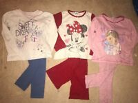Girls bundle pyjamas 5/6 yrs