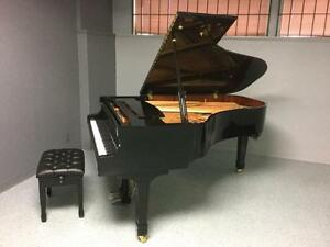 Grand pianos with huge discounts