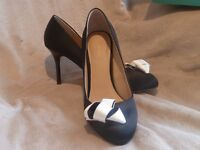 Monsoon shoes, black and cream - size 6