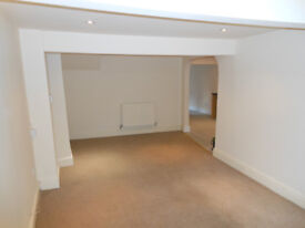 2 bed ground floor flat Glan Conwy