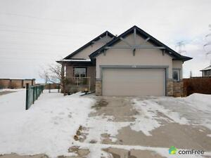 $564,900 - Bungalow for sale in Chestermere
