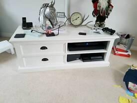 Nova solo furniture