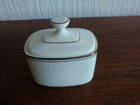 Royal Doulton Platinum Concord covered sugar bowl