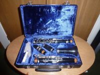 Boosey and Hawk Regent 2 Bb clarinet with case and music
