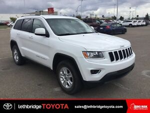 Certified 2014 Jeep Grand Cherokee Laredo 4x4 - BLUETOOTH!
