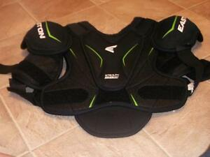 Shoulder Pads and Shin Pads Belleville Belleville Area image 2