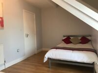 LOVELY DOUBLE ROOM LS9 YORK ROAD LEEDS *GREAT LOCATION*