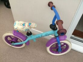 Girls frozen balance bike