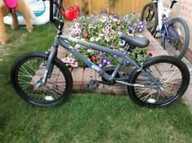 BMX SPEKTOR XRATED 20'' GREY BIKE COST £120 FROM HALFORDS