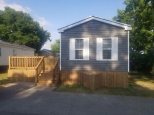 Sherkston Shore Rental - Deluxe 3 Bdrm cottage