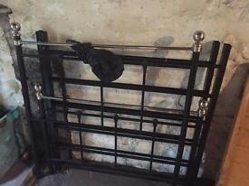 Single bed frame - metal vintage style