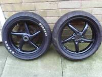 Gilera dna 125 wheels + tires