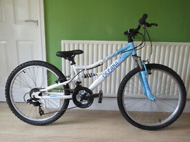 "EXCELLENT CONDITION...GIRLS 24"" BIKE...""APOLLO OCEANA""..FULLY WORKING,READT TO RIDE AWAY TODAY."