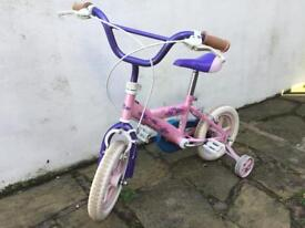 Cherub children's bike with stabilisers