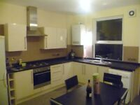 Spacious 4 Bed Student Property To Let In Hyde Park Leeds!!