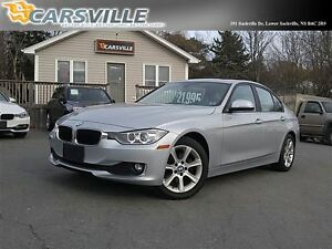 2012 BMW 3 Series 320i SPORTY 6 SPEED!!