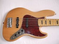 Squier VM Jazz bass 5 string.