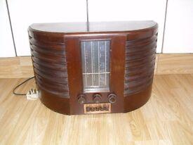 Vintage GEC Model BC 4750 Valve Radio