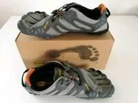 Vibram V-trail barefoot running shoes