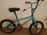 Child's bike 4 to 7 yrs old