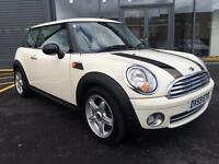 Mini one 1.4 2009 gleaming white stop/start panoramic sunroof 80k £3495