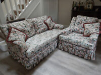 Duresta cottage-style 2-seat sofa & armchair + scatter-cushions. Very comfortable.