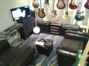 GUITAR , MANDOLIN & BANJO LESSONS
