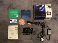 SONY Handycam DCR-DVD106E Camcorder - DVD Digital Camera +All accesories +DVDs