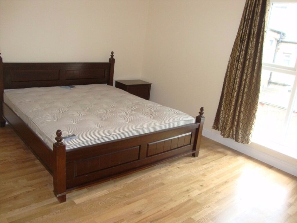 2 Bed 2 Bath Flat to Rent in Hayes