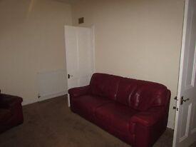 1 Bedroom Spacious Flat