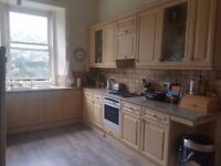 LARGE DOUBLE ROOM IN SPACIOUS, ELEGANT MARCHMONT FLAT
