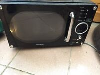 Retro style Daewoo Microwave for SPARES or REPAIR